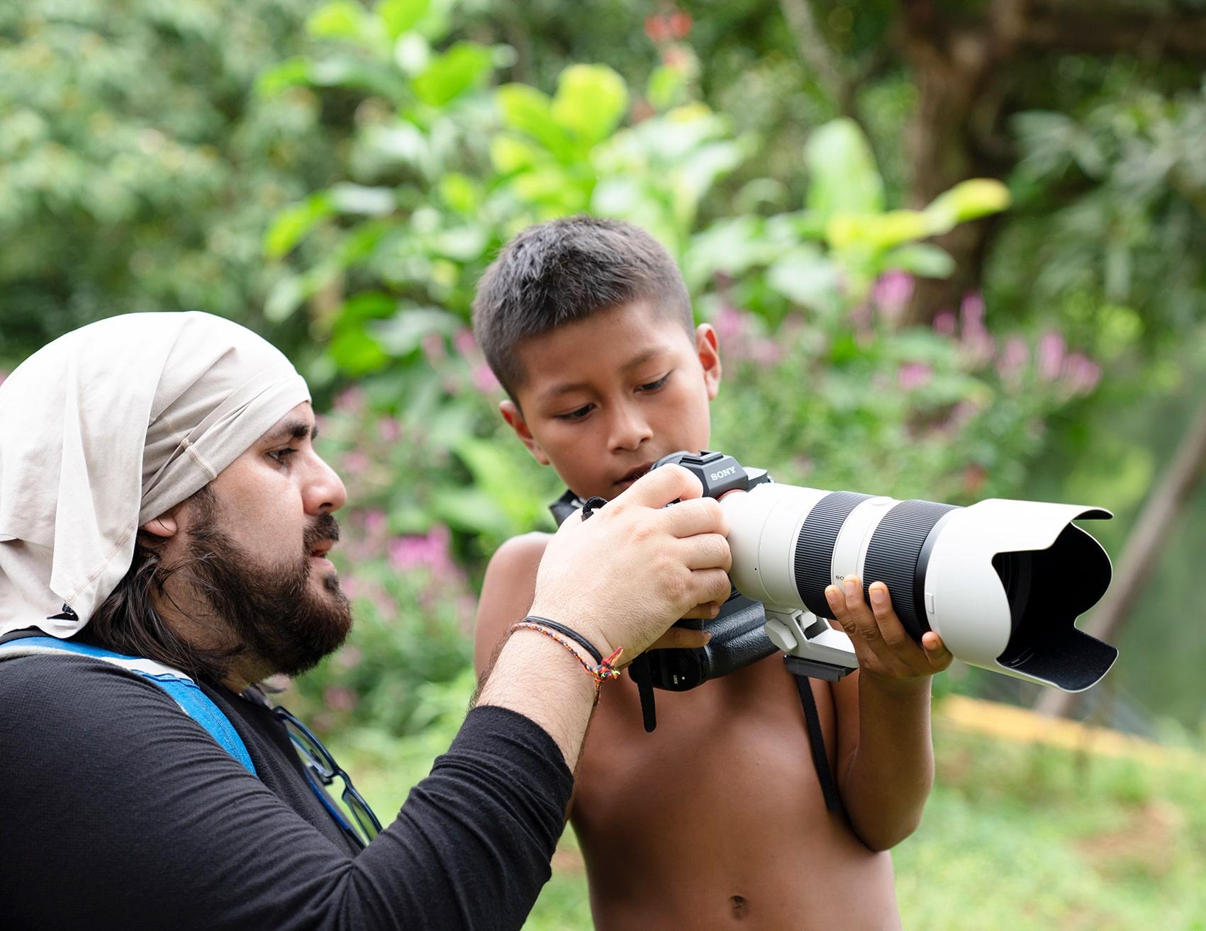 Fotografía documental a través de ONG por Pich Urdaneta